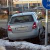 Personbil krockade med snödriva