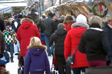 Julmarknad i Flugparken i Lindesberg klockan 12.40.