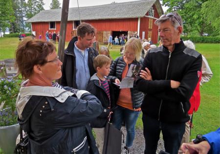 Längst fram i kön; familjen Viveca och Torgny Karnstedt från Båstad.