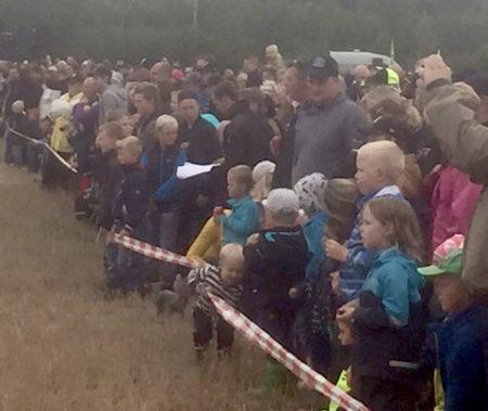 Trots vädret var det folkfest i Dyltatorp.